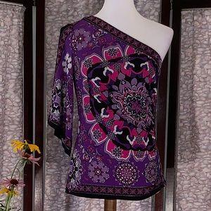 Cache purple one-shoulder top.